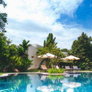home renovation - swimming pool repair pros - swimming pool cleaners
